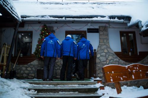 One Ski School -  (85)
